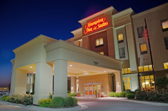 Hampton Inn & Suites Northeast