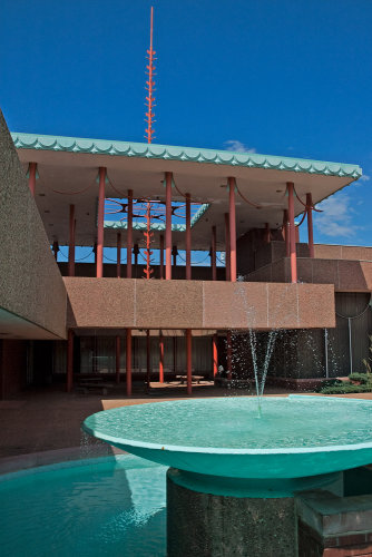 ICT Architecture - Frank Lloyd Wright