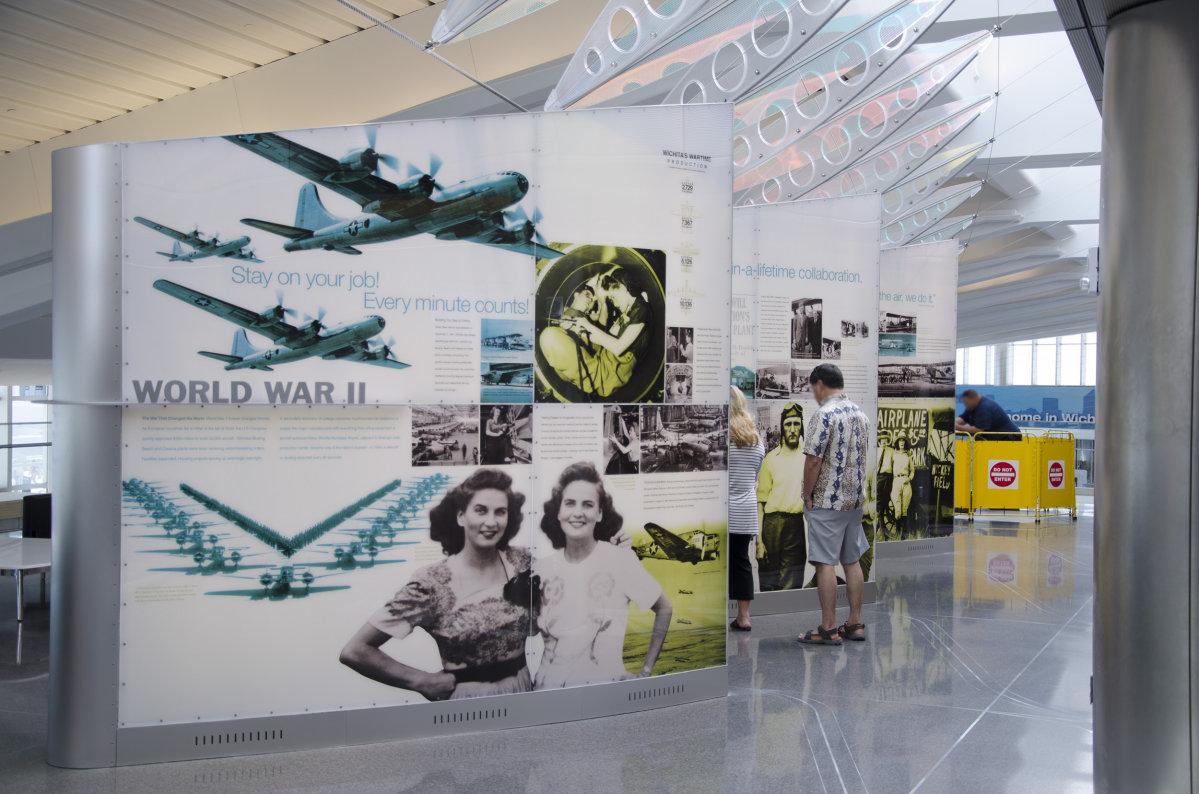 Aviation History Displays