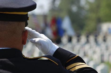 Greenlight a Vet Campaign Honors Veterans