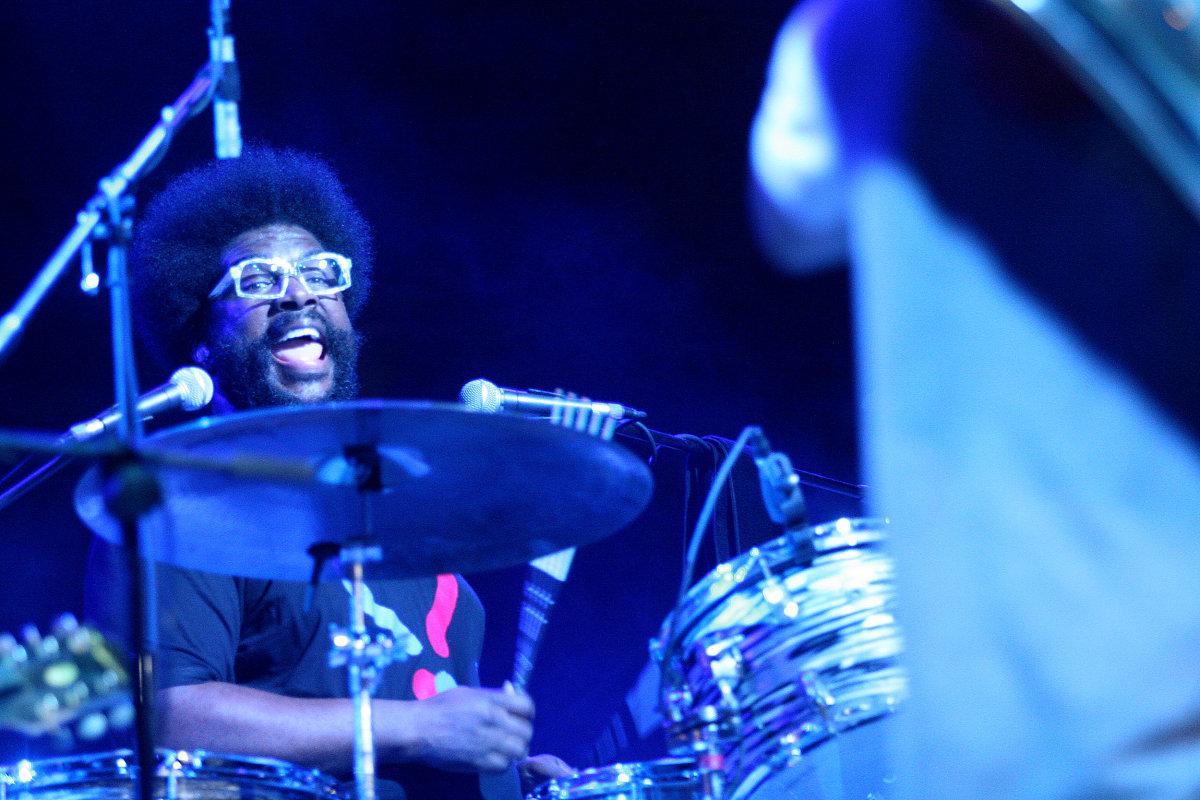 Questlove Drumming