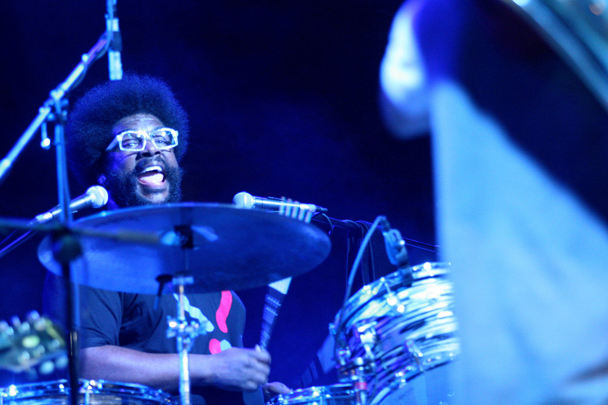Questlove Drumming