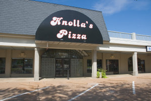 Knolla's Pizza
