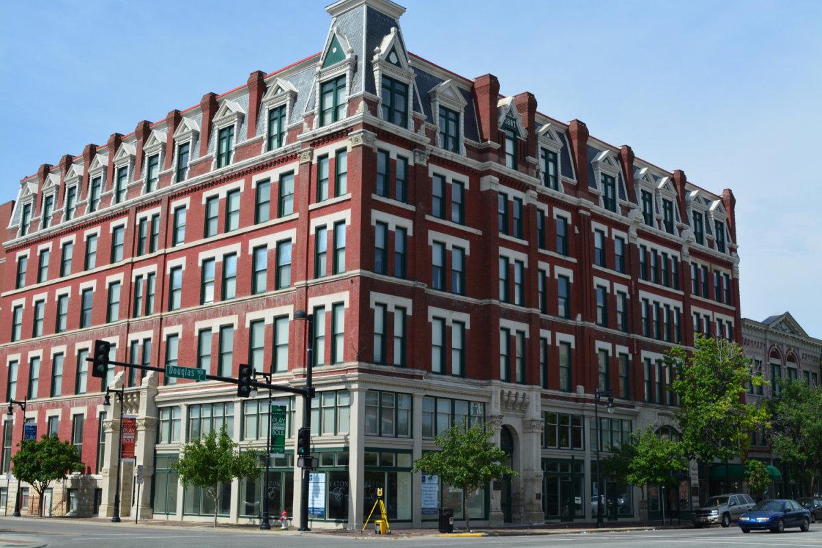 Carey Eaton Hotel