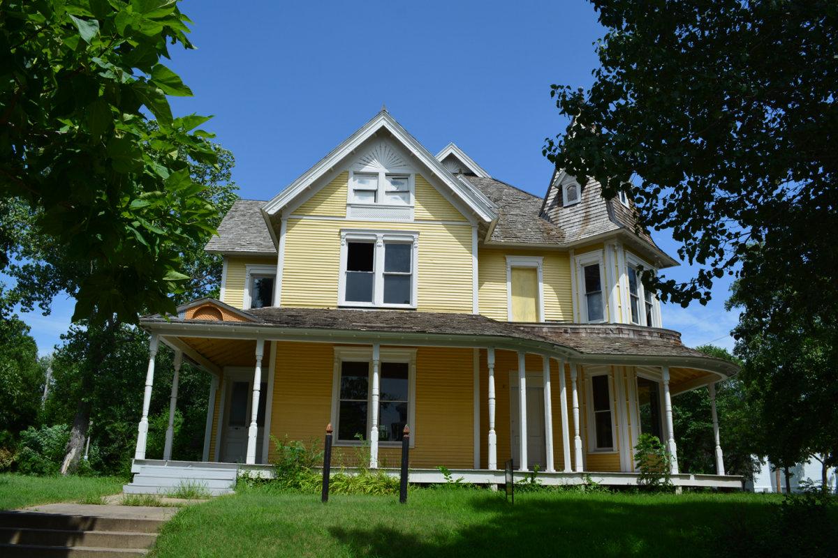 Holyoke Cottage