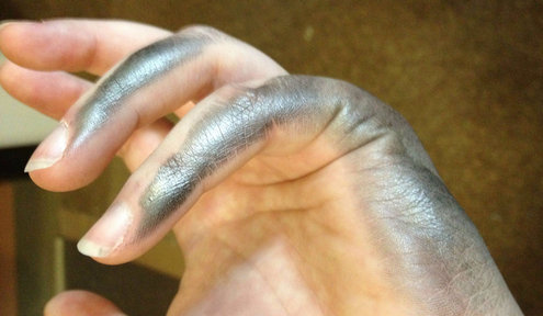 10 Struggles All Lefties Face