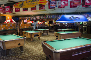 Champs Bar & Grill