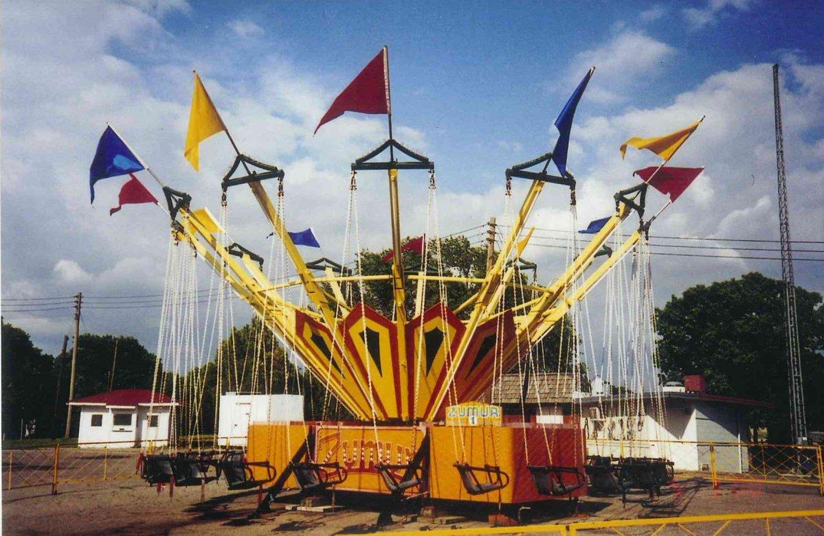 Joyland\'s Zumur swings,