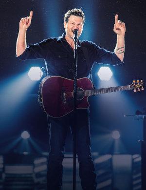 Blake Shelton to Perform In Wichita