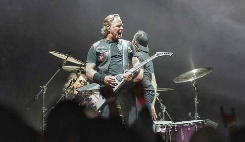 Metallica Plays to Record Breaking Crowd at INTRUST Bank Arena